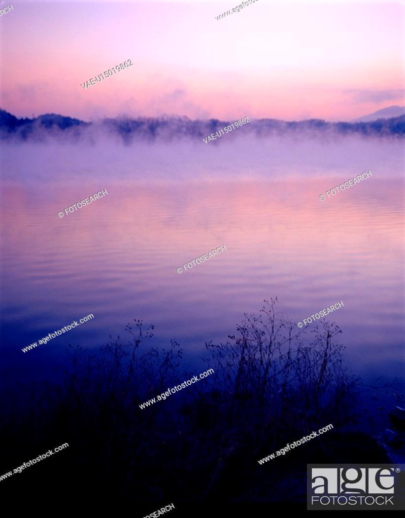 Stock Photo: fog, nature, landscape, scenery, lake.