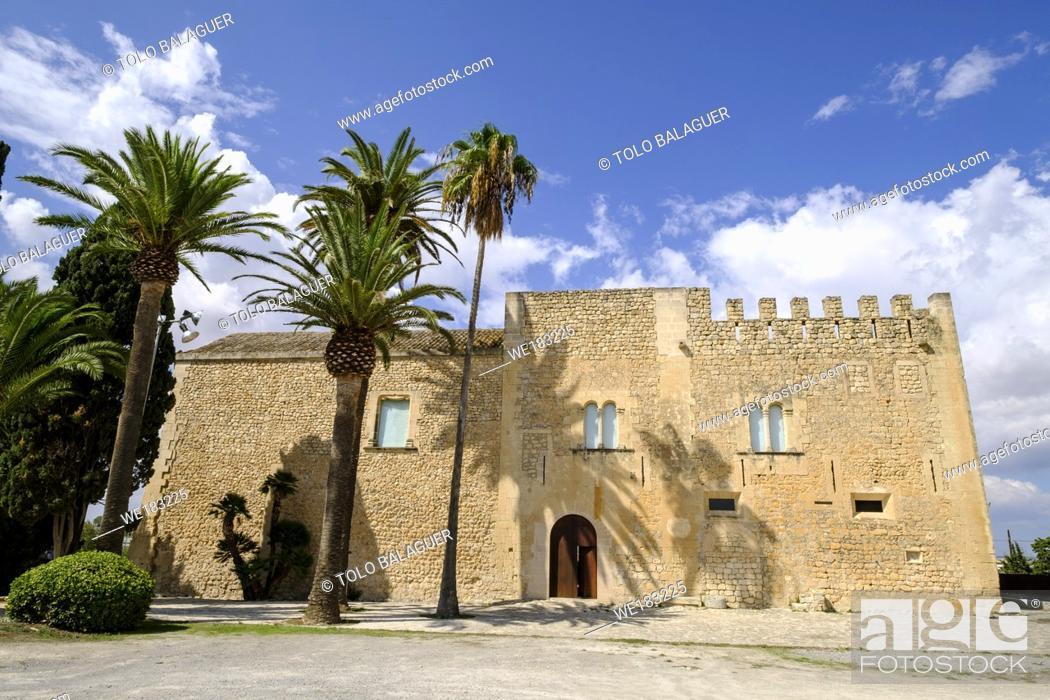 Stock Photo: Torre dels Enagistes, antigua torre defensiva del siglo XVI, Manacor, Mallorca, balearic islands, spain, europe.