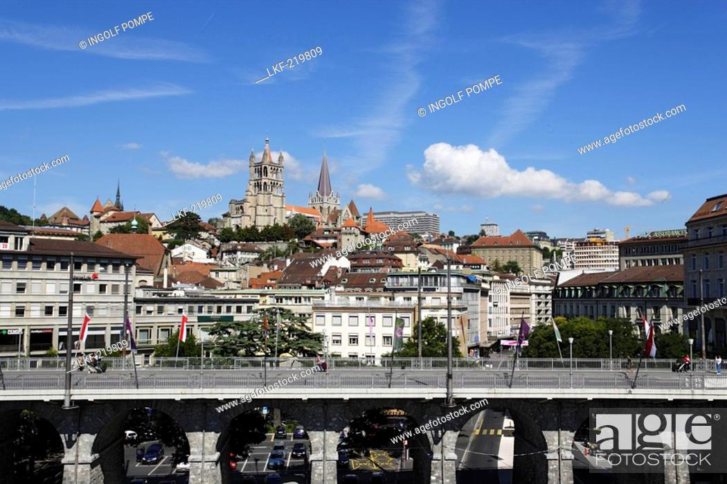 Stock Photo: View over Grant Pont to Cathedrale Notre-Dame, Lausanne, Canton of Vaud, Switzerland.