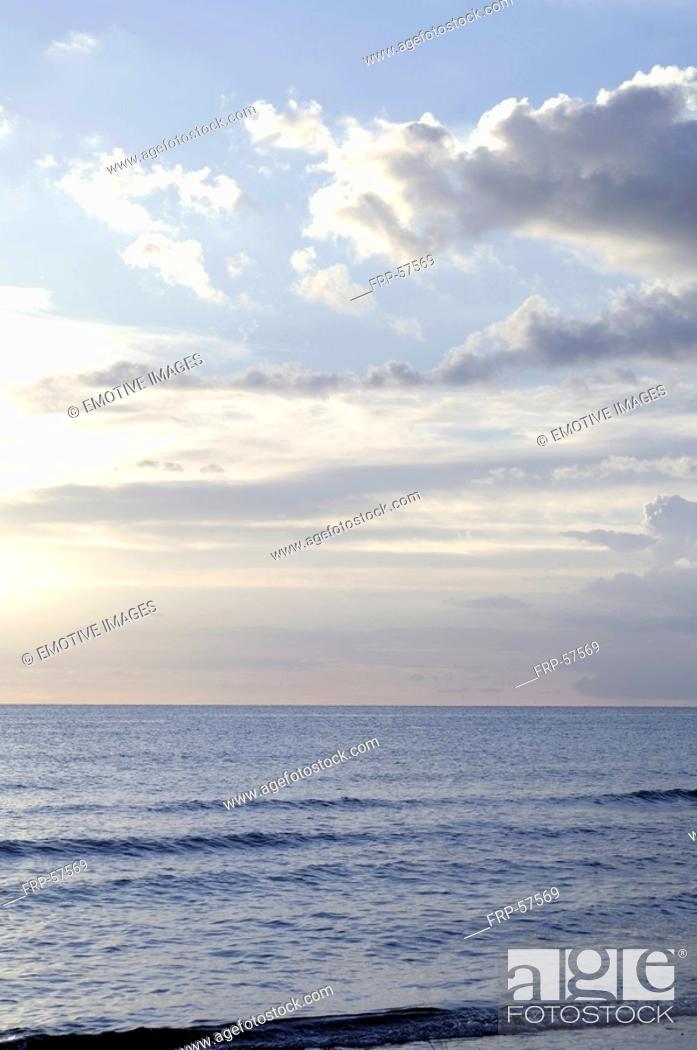 Stock Photo: Evening mood at the sea.