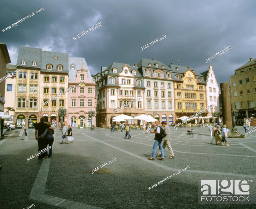 Stock Photo: 10652559, Germany, Europe, dark, clouds, weather, facades, houses, homes, Mainz, marketplace, pedestrian, passerby, place, Rhi.