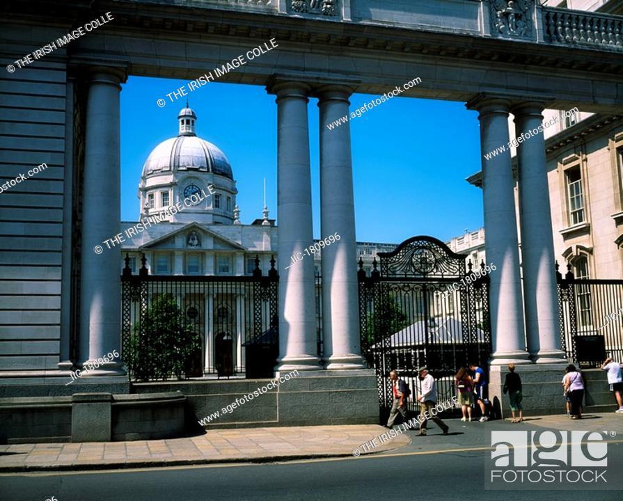 Stock Photo: An Taoiseach, Merrion Square, Dublin, Co Dublin, Ireland.