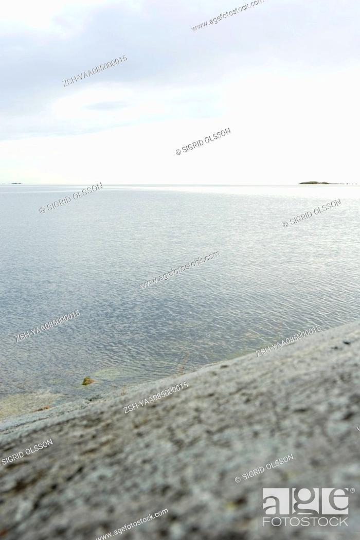Stock Photo: Gray seascape.