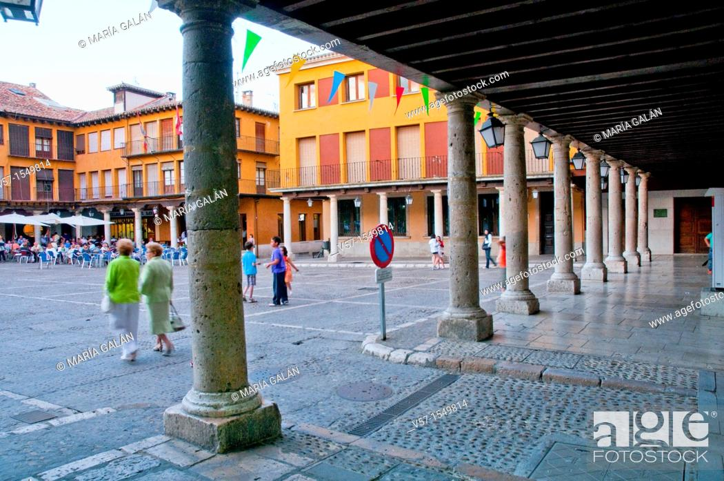 Stock Photo: Main Square. Tordesillas, Valladolid province, Castilla Leon, Spain.