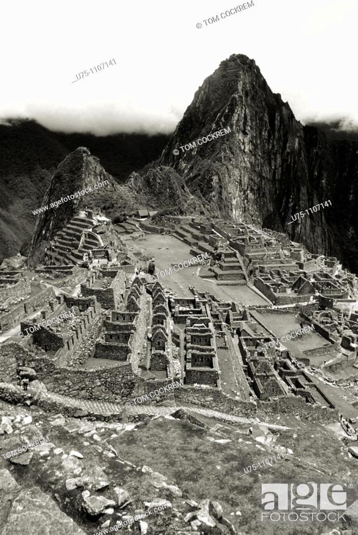 Stock Photo: Inca ruins of Machu Picchu, Peru.