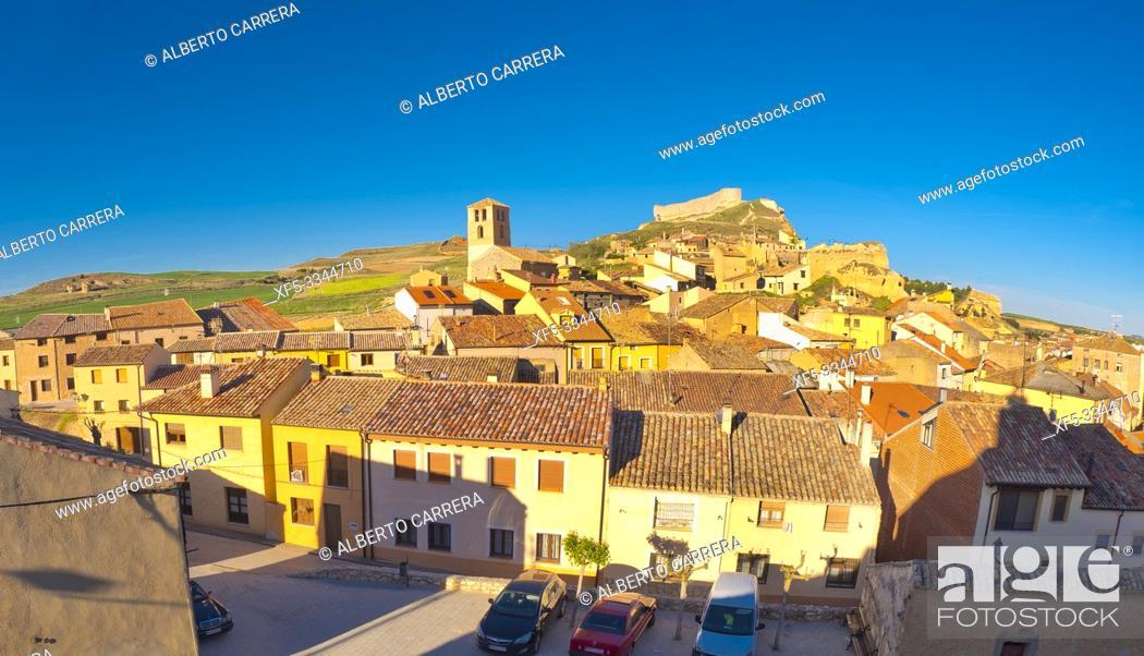 Imagen: Panoramic View, San Esteban de Gormaz, Soria, Castilla y León, Spain, Europe.