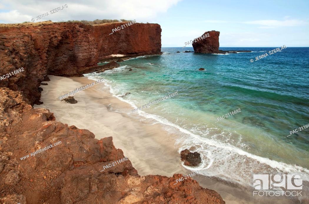Stock Photo: Hawaii, Lanai, Hulopoe Bay And Puu Pehe, Or Sweetheart Rock.