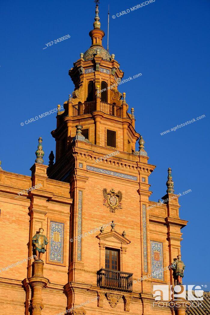 Stock Photo: Plaza de Espana, built for the Ibero-American Exposition of 1929, Sevilla, Andalusia, Spain.