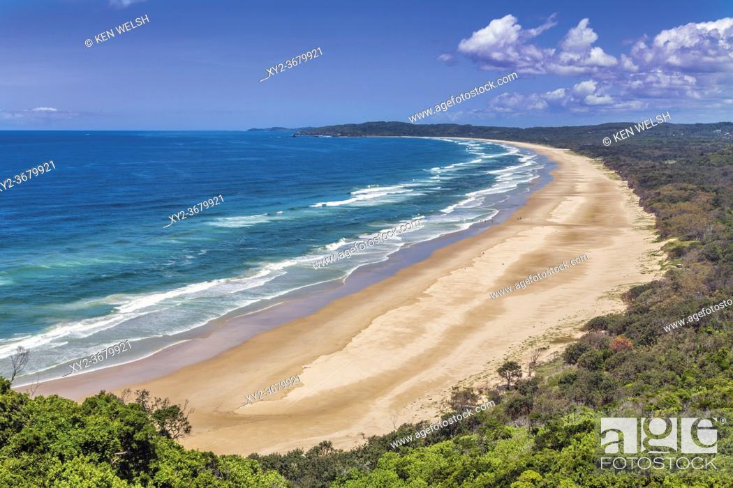 Stock Photo: Byron Bay, New South Wales, Australia. Tallow Beach bordering Arakwal National Park. (The park is named after the Arakwal, an indigenous people from the area.