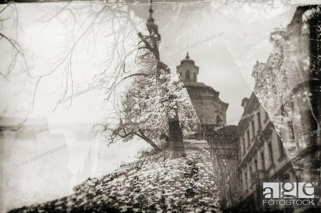 Imagen: Prague reflections, fall, vintage. Czech Republic.