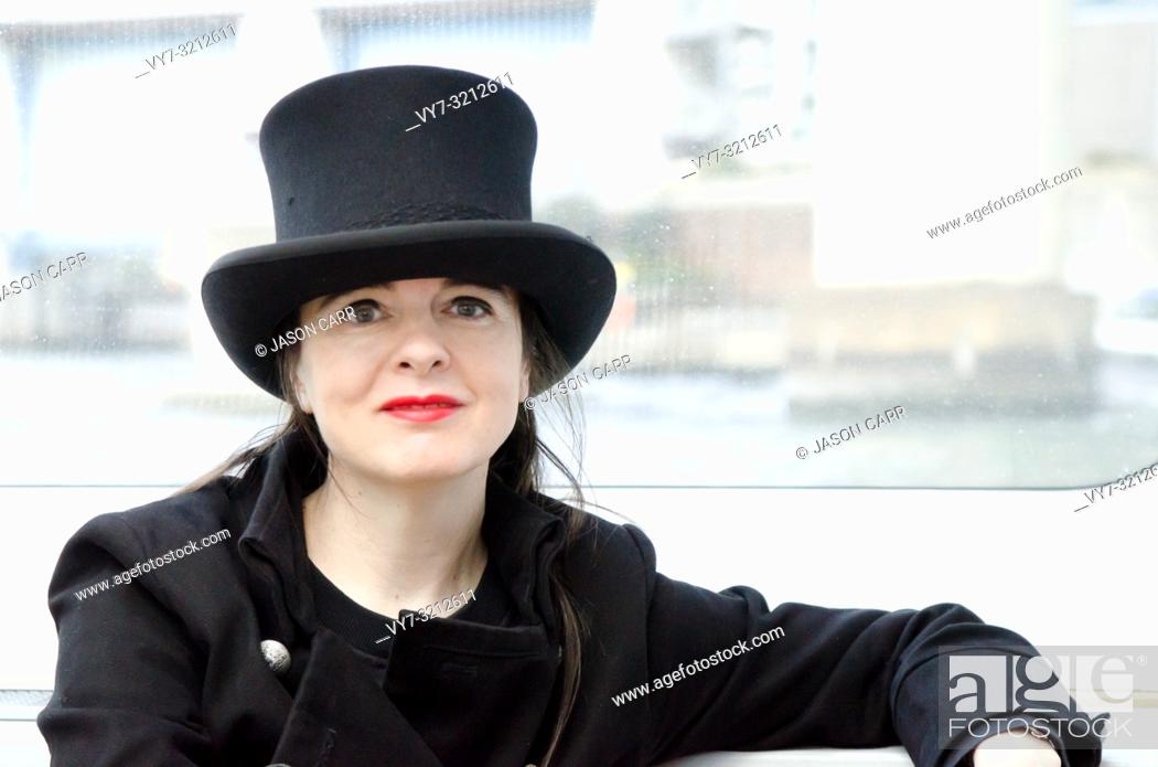 Imagen: Shibuya, Tokyo / Japan - April 5 2012 : French writer AmŽlie Nothomb poses for pictures in Tokyo, Japan. She visited Tokyo to film her documentary show 'La.