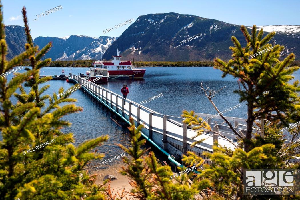 Imagen: Boat Tours on Western Brook Pond, Gros Morne National Park, Newfoundland, Canada.