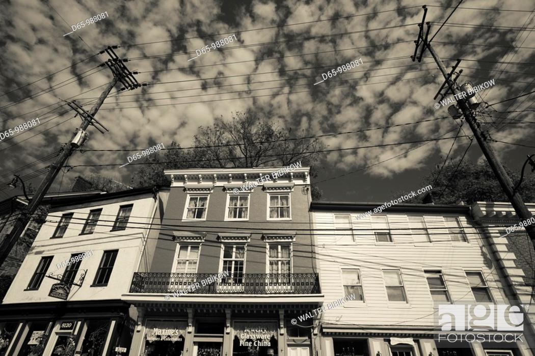 Stock Photo: USA, Maryland, Ellicott City, former mill town, now antique center.