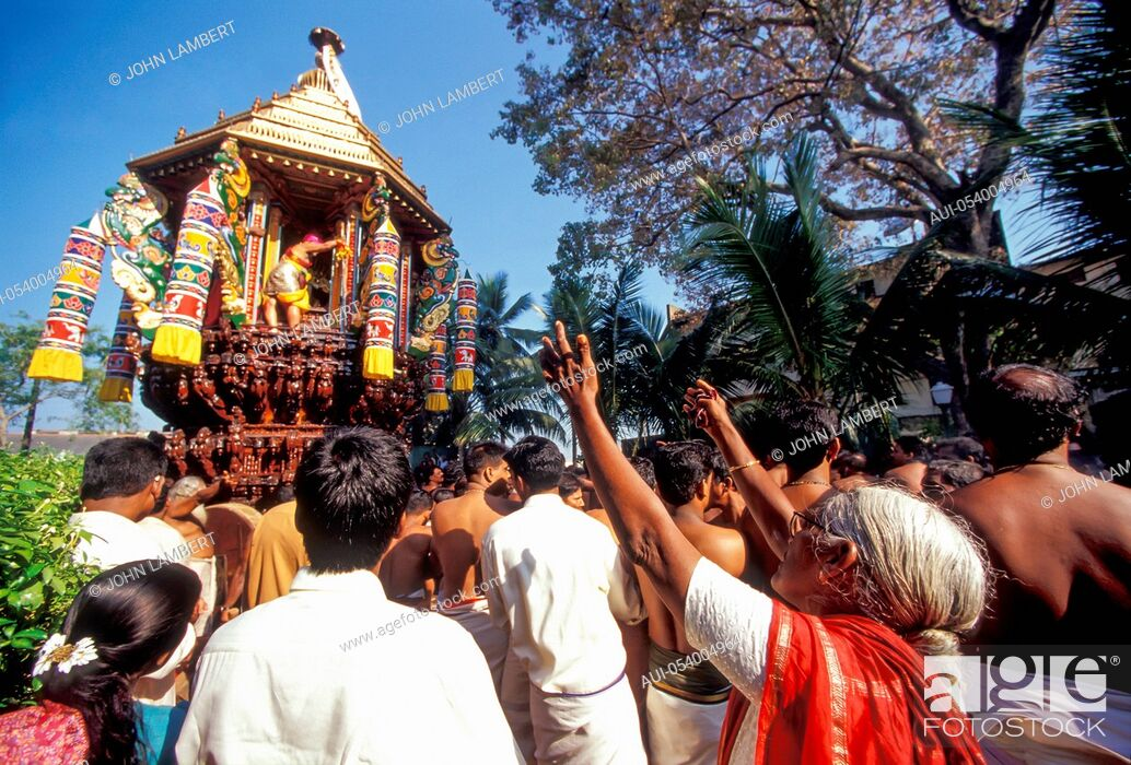 Stock Photo: sri lanka, colombo. hindu festival.