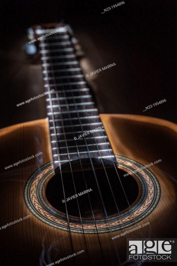 Photo de stock: Spanish Guitar.