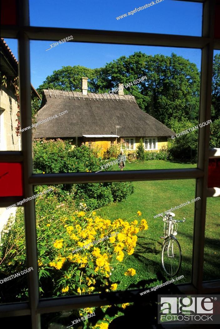 Stock Photo: village ecomusee de Koguva sur l'ile de Muhu,region de Saare,Estonie,pays balte,europe du nord.