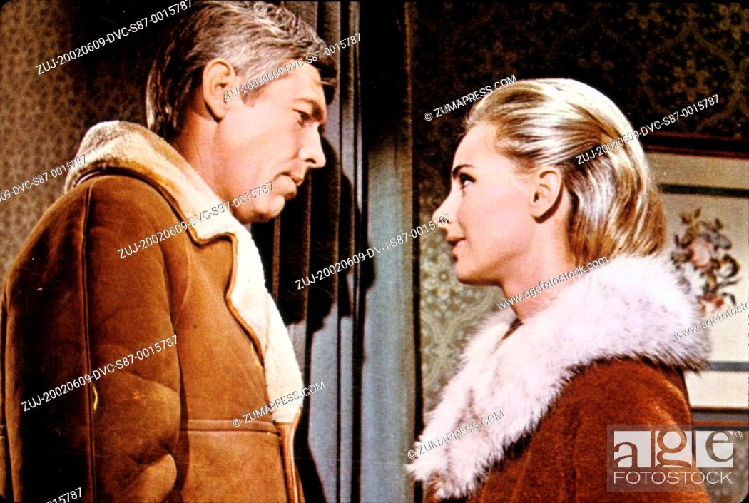 Stock Photo: 1966, Film Title: DEAD HEAT ON A MERRY, Director: BERNARD GIRARD, Studio: COLUMBIA, Pictured: JAMES COBURN, BERNARD GIRARD.