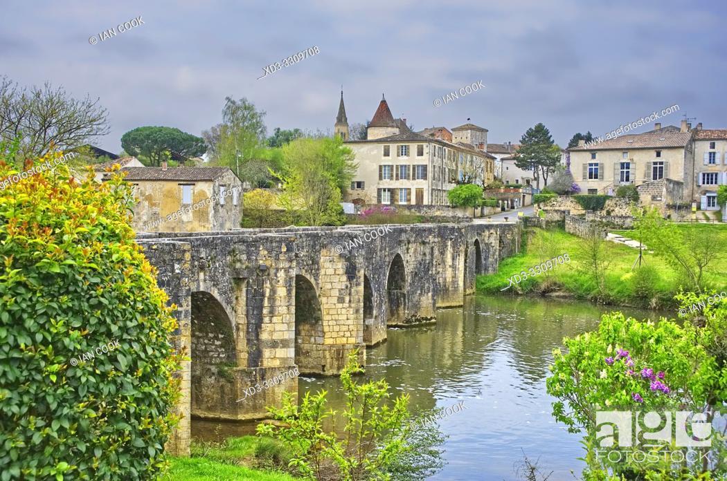 Stock Photo: Roman bridge at Lavardac, Lot-et-Garonne Department, Nouvelle Aquitaine, France.