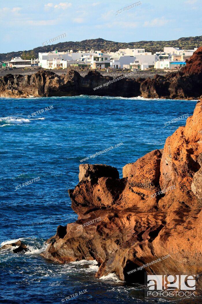 Stock Photo: Spain, Canary islands, Lanzarote, El Golfo.