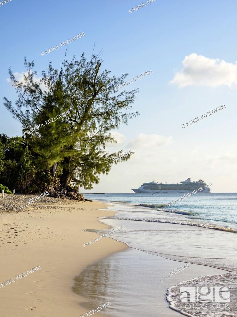 Imagen: Seven Mile Beach, George Town, Grand Cayman, Cayman Islands.