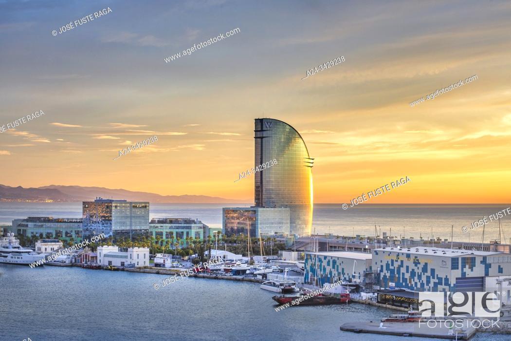 Imagen: Spain, Catalonia, Barcelona City, Old Harbour, Skyline, sunrise, Vela Hotel.