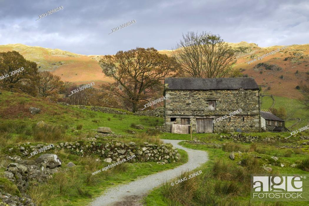 Stock Photo: An old barn at Oak Howe in the Great Langdale valley near Chapel Stile in the Lake District National Park, Cumbria.