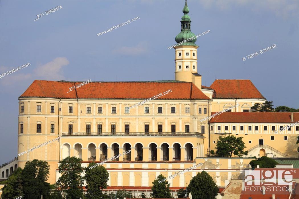 Stock Photo: Czech Republic, Moravia, Mikulov, castle, chateau,.