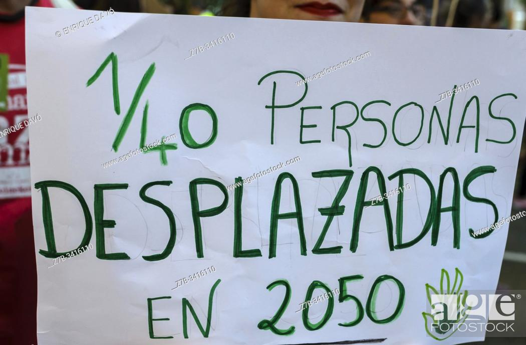 Stock Photo: Madrid, Spain, 27th September 2019. View of a placard protesting against climate change in Paseo del Prado, Madrid city, Spain.