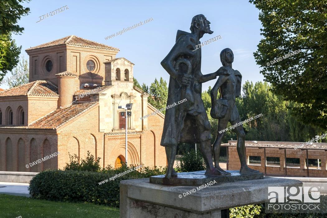 Stock Photo: Estatua del Lazarillo de Tormes e Iglesia de Santiago del Arrabal. Salamanca. Ciudad Patrimonio de la Humanidad. Castilla León. España.