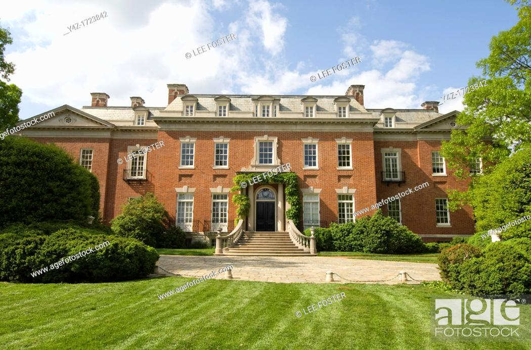 Stock Photo: Washington DC, USA, the Georgetown area, known for its shopping and historic brick homes Estate known as Dumbarton Oaks.