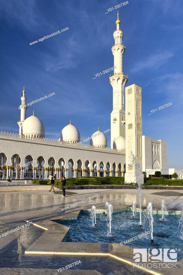 Stock Photo: Abu Dhabi. United Arab Emirates. Sheikh Zayed Grand Mosque. January 2020.