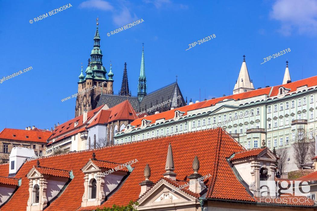 Imagen: View of Prague Castle, Prague, Czech Republic, Europe.