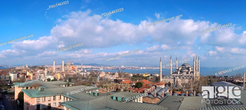 Stock Photo: Sultanahmet district and Blue Mosque, Istanbul, Turkey.