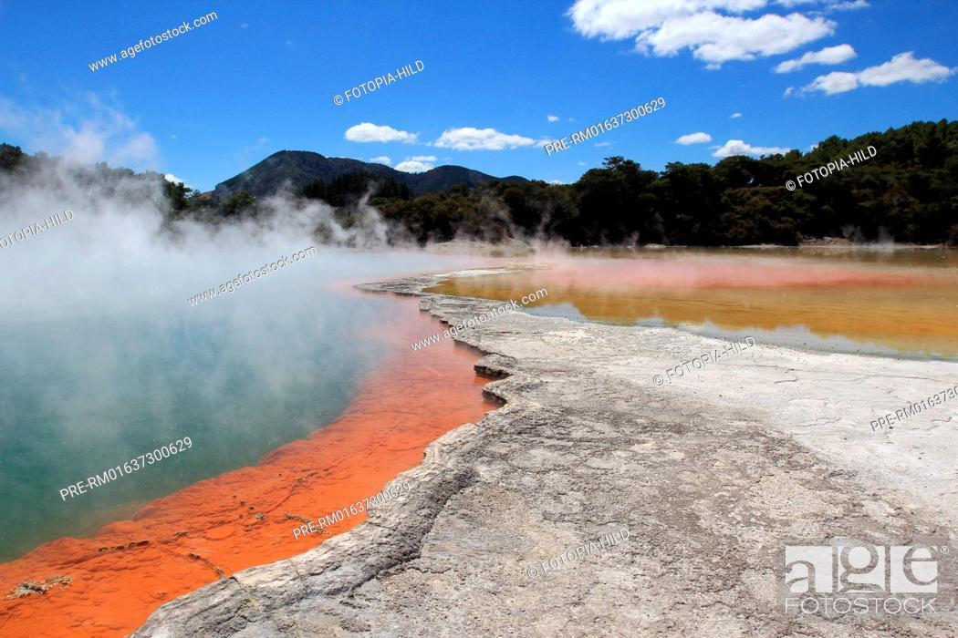 Stock Photo: Champagne Pool, Wai-O-Tapu Thermal Wonderland, geothermal area, Taupo Volcanic Zone, North Island, New Zealand / Champagne Pool, Wai-O-Tapu Thermal Wonderland.
