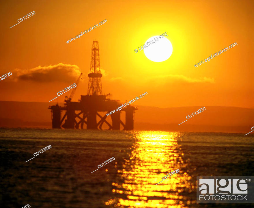 Stock Photo: Semi-submersible oil rig. Firth of Forth. Scotland.