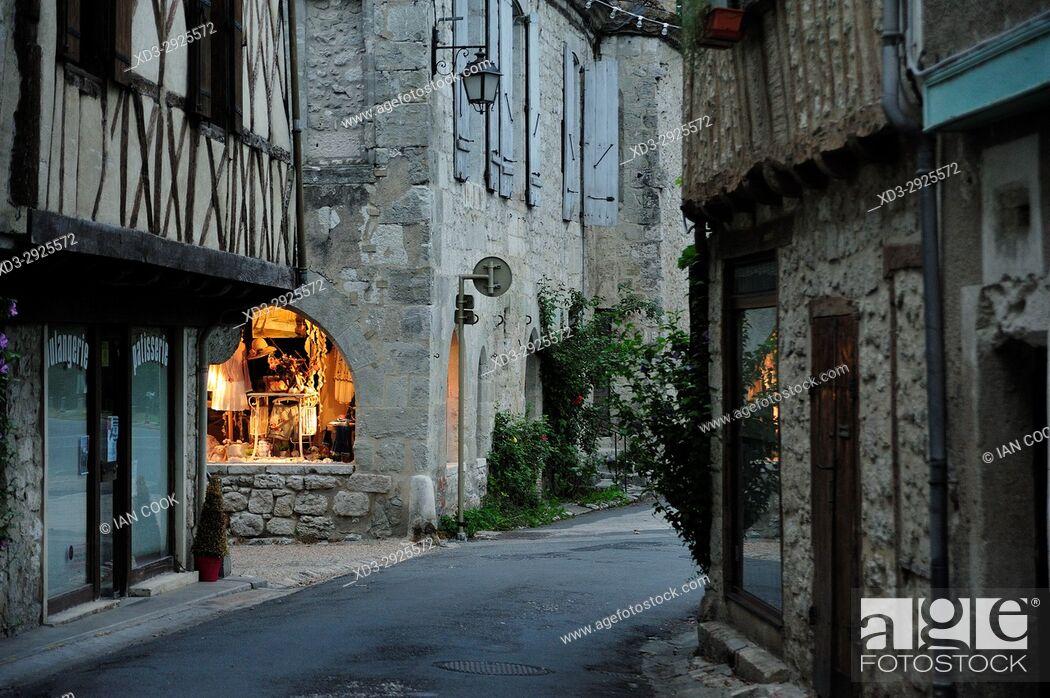 Stock Photo: street scene, Issigeac, Dordogne Dpartment, NewAquitaine, France.