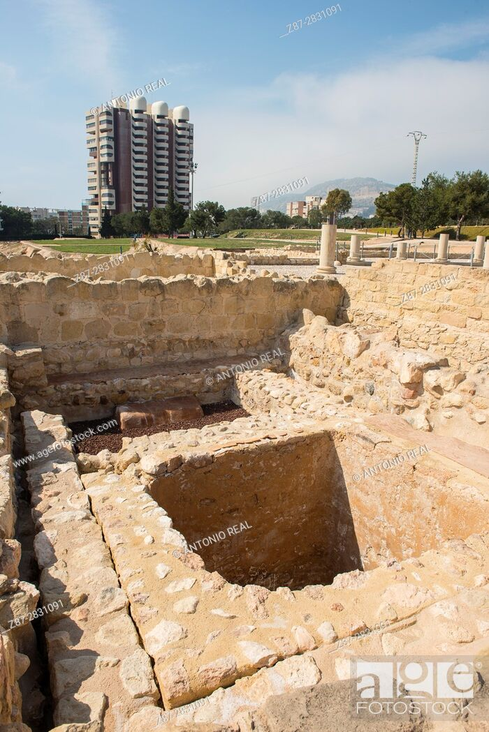 Imagen: Lucentum archaeological site, Iberian-Roman city, Alicante province, Spain.