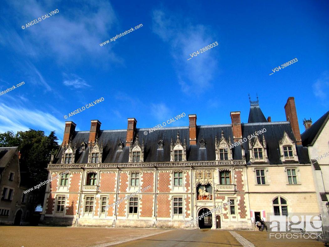 Stock Photo: Blois, Castle, Chateau de Blois, Loire et Cher, Pays de la Loire, Loire Valley , UNESCO World Heritage Site, France. .