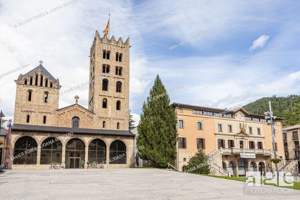 Stock Photo: Monastery of Santa Maria de Ripoll, Ripoll, Girona, Spain.