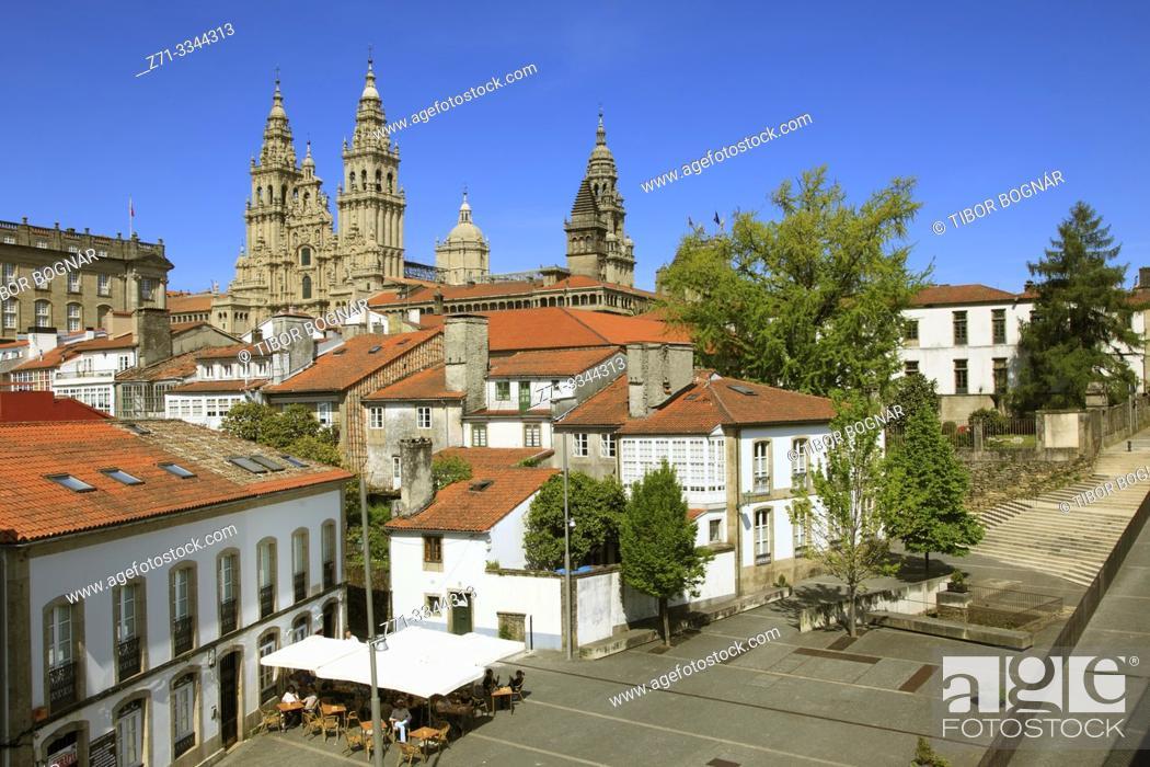 Stock Photo: Spain, Galicia, Santiago de Compostela, skyline, Cathedral;.