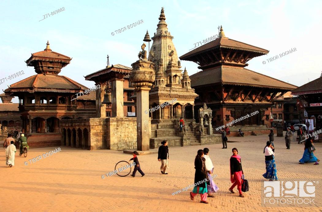 Stock Photo: Nepal, Kathmandu Valley, Bhaktapur, Durbar Square, general view.