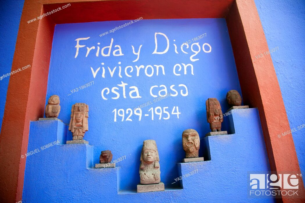 Stock Photo: Museo Frida Kahlo Wall in Garden in Coyoacan in Mexico City DF.