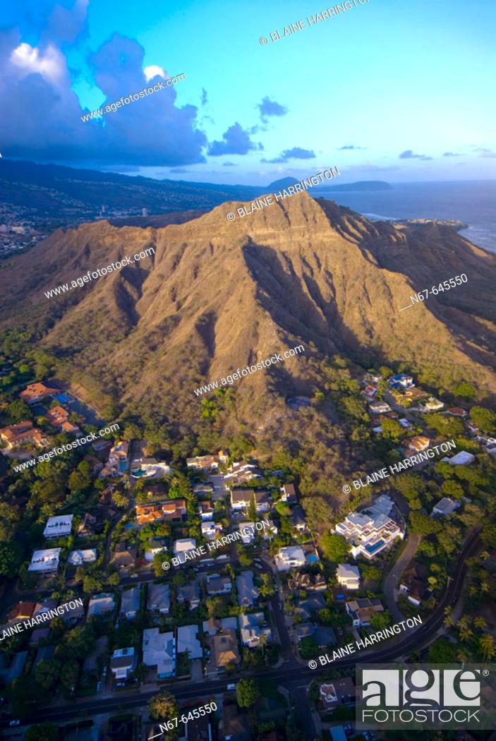 Stock Photo: Aerial view of Diamond Head (mountain) off Waikiki Beach, Honolulu, Oahu, Hawaii, USA.