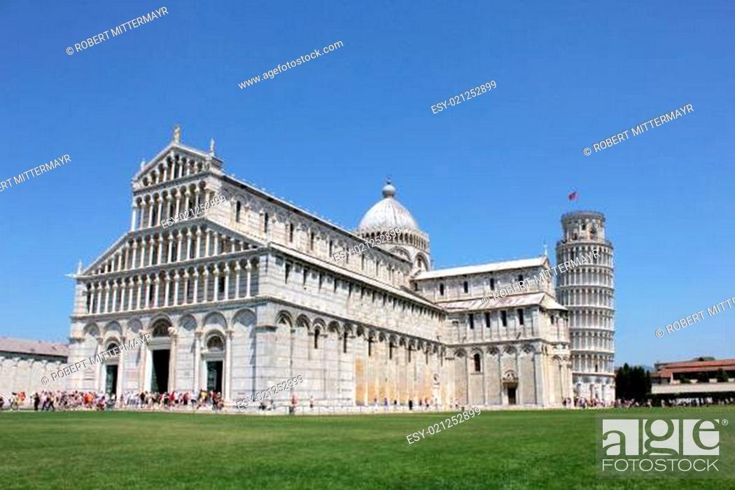 Stock Photo: Platz der Wunder / Piazza del Duomo / Piazza dei Miracoli / Square of Miracles.