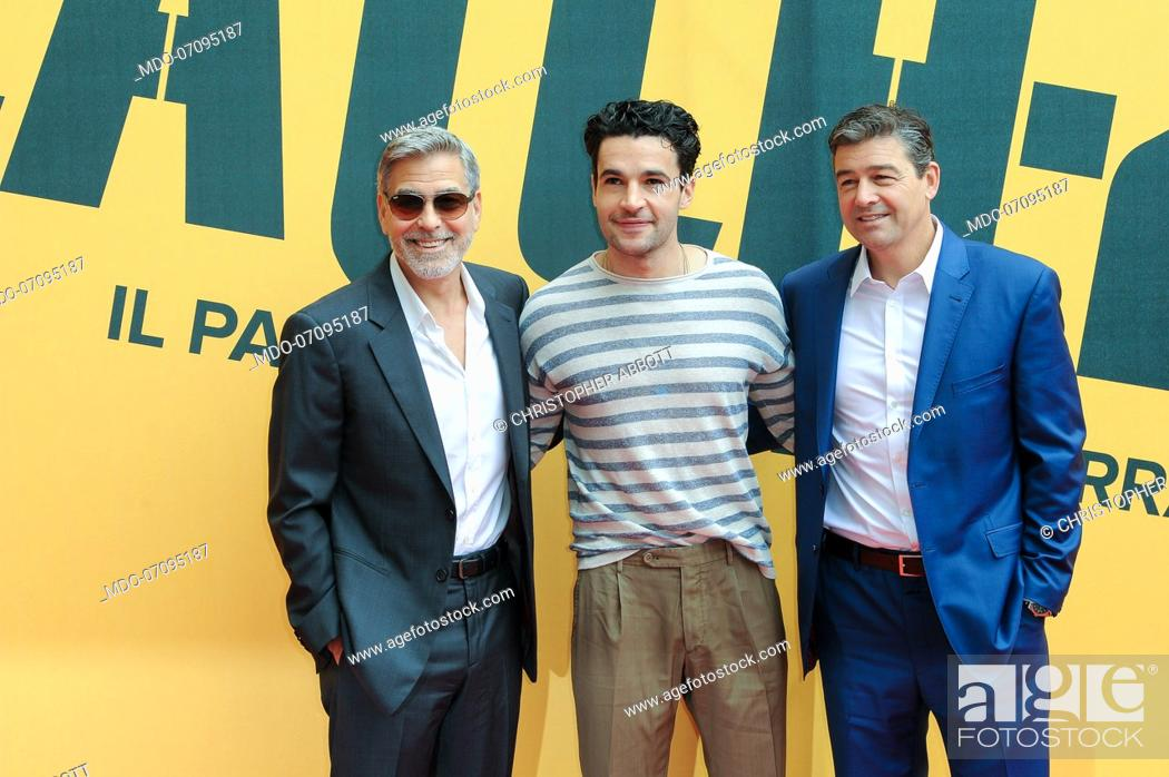Imagen: American actors George Clooney, Christopher Abbott and Kyle attend the Sky TV series Catch-22 photocall. Rome (Italy), May 13th, 2019.