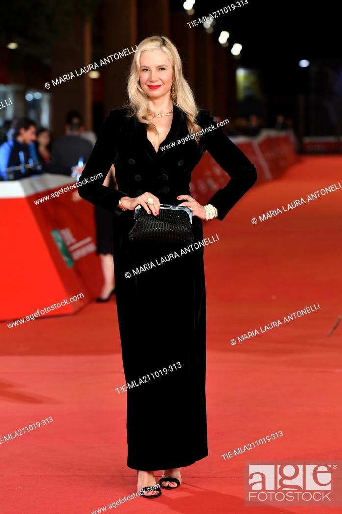 Imagen: Mira Sorvino poses during the red carpet for 'Drowing' at the 14th annual Rome Film Festival, in Rome, ITALY-20-10-2019.