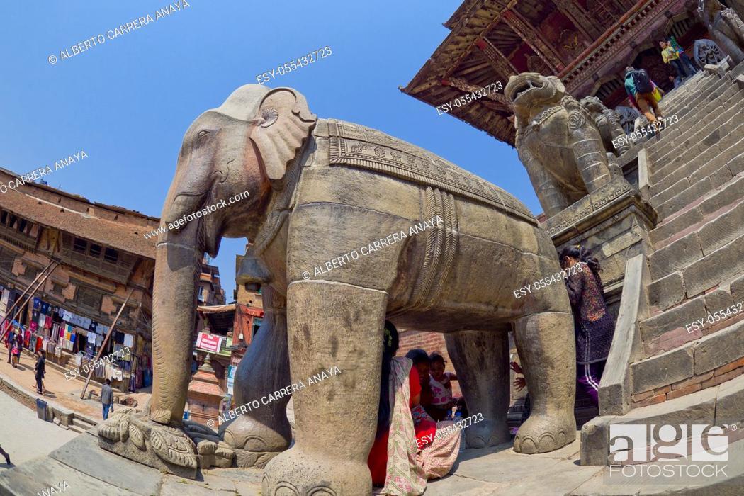 Stock Photo: Hindu Temple, Durbar Square, UNESCO World Heritage Site, Patan, Latipur, Bhaktapur, Kathmandu, Nepal, Asia.