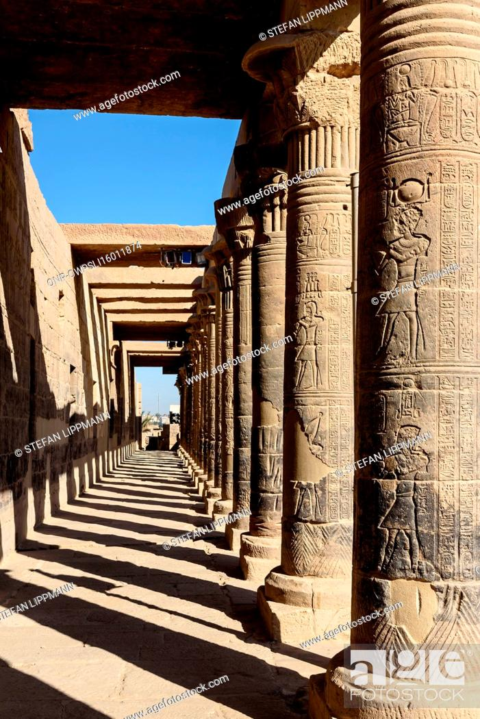 Imagen: Egypt, Red Sea Gouvernement, Philae, The temple of Philae, dedicated to the goddess Hathor, is located on a Nile Island, UNESCO World Heritage Site.