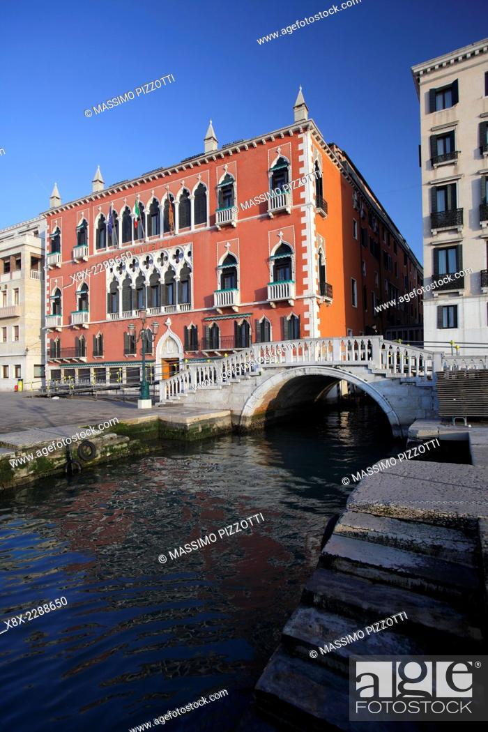Luxury 5 Star Hotel Danieli Or Palazzo Dandolo In Venice Italy
