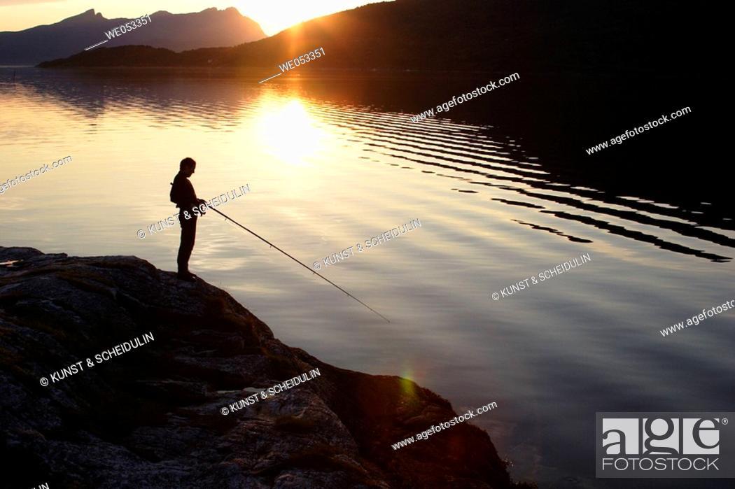 Stock Photo: Fishing in Gratangen-Fjord, Gratangen commune, Troms, Lapland, Norway, Scandinavia, Europe. Norwegian Sea, North-Atlantic, Sub-Arctic.
